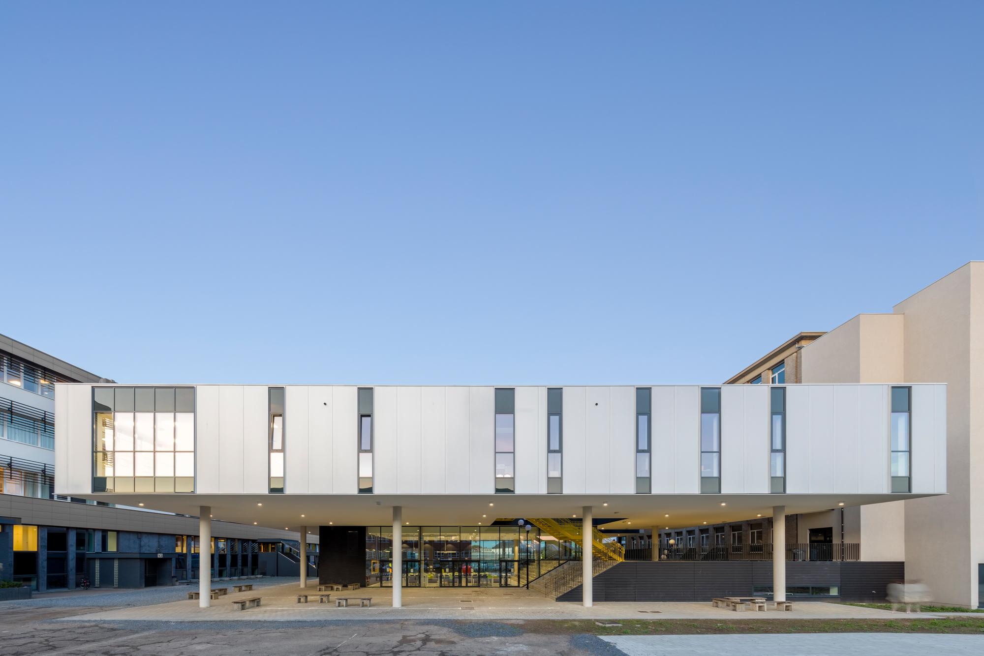 Sint Jozef Geel, designed by NOAHH and bildt.